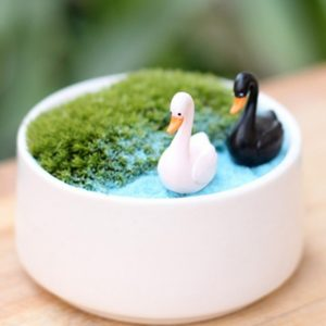 2 pcs/ Set Swan fairy home micro garden decoration moss doll house ornaments miniature