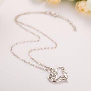 "Fashion Korean mother and child love ""Mom"" crystal pendant necklace"