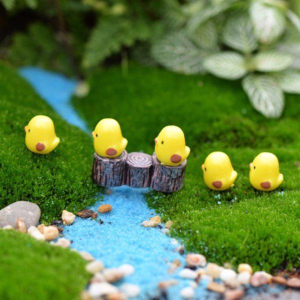 5pcs/lot Miniature Fairy Figurines Cute Mini Chick Garden Miniatures Artificial