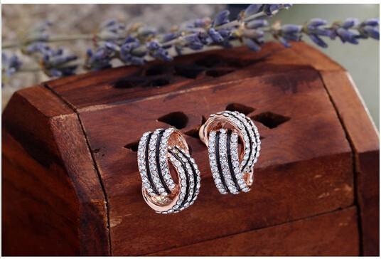 Summer Style bijoux Earrings For Women Hello Kitty Stud Earrings