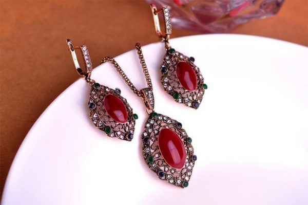 Jewelry Sets Red stone Necklace Stud Earring