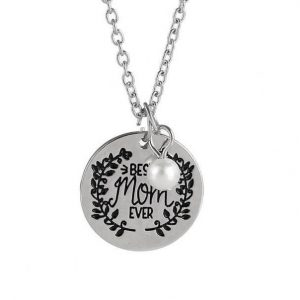 BEST MOM EVER Engraved Pendant Necklace