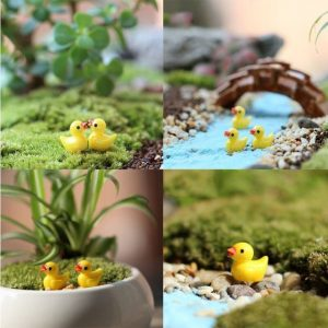 2PCS/Lot Lovely micro landscape Small yellow duck