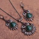 Round Green Drop Necklace Earrings Jewelry Set – Green